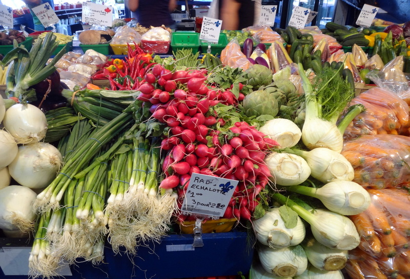 Montreal: The Colors and Tastes of Atwater Market (4/6)