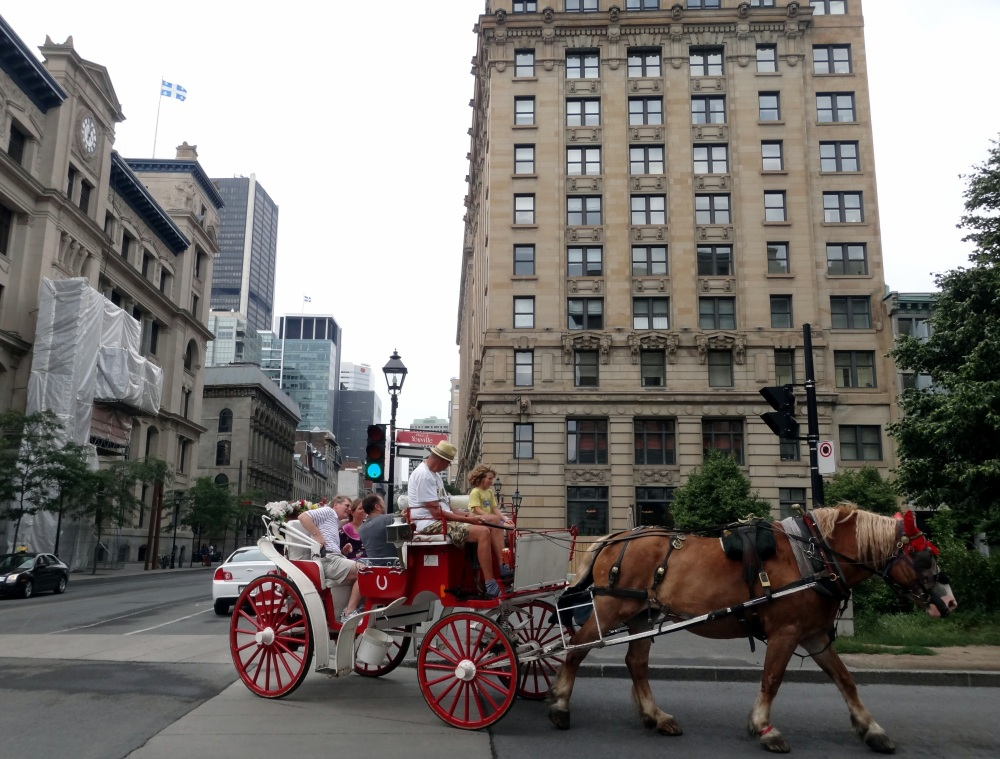Walking in Old Montreal (2/6)