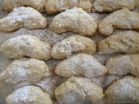 Almond crescents